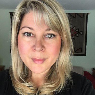 Traci Hobson vegan blogger